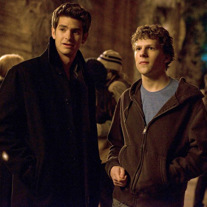 Andrew Garfield as Eduardo Saverin and Jesse Eisenberg as Mark Zuckerberg in The Social Network