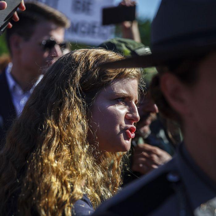 Ohio Students Chased Gun Girl Kaitlin Bennett Off Campus