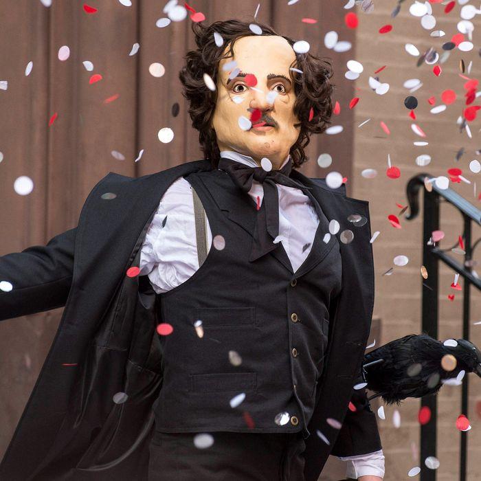 THE FOLLOWING: One of Joe Carroll's followers disguises himself as Edgar Allan Poe in the