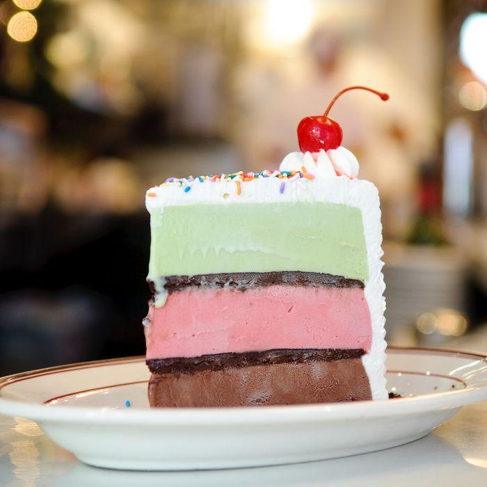 Cake cake cake cake cake.
