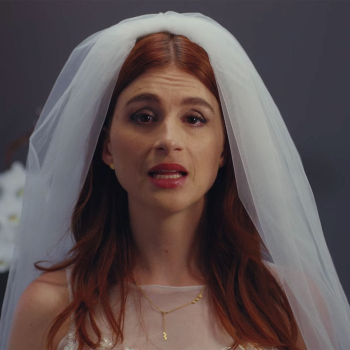 Gretchen (Aya Cash) in the fifth season of You're The Worst.