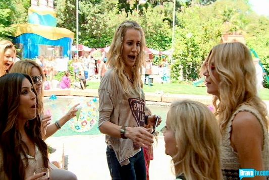 Housewives of beverly hills cast season 3 episode 2 - 90s