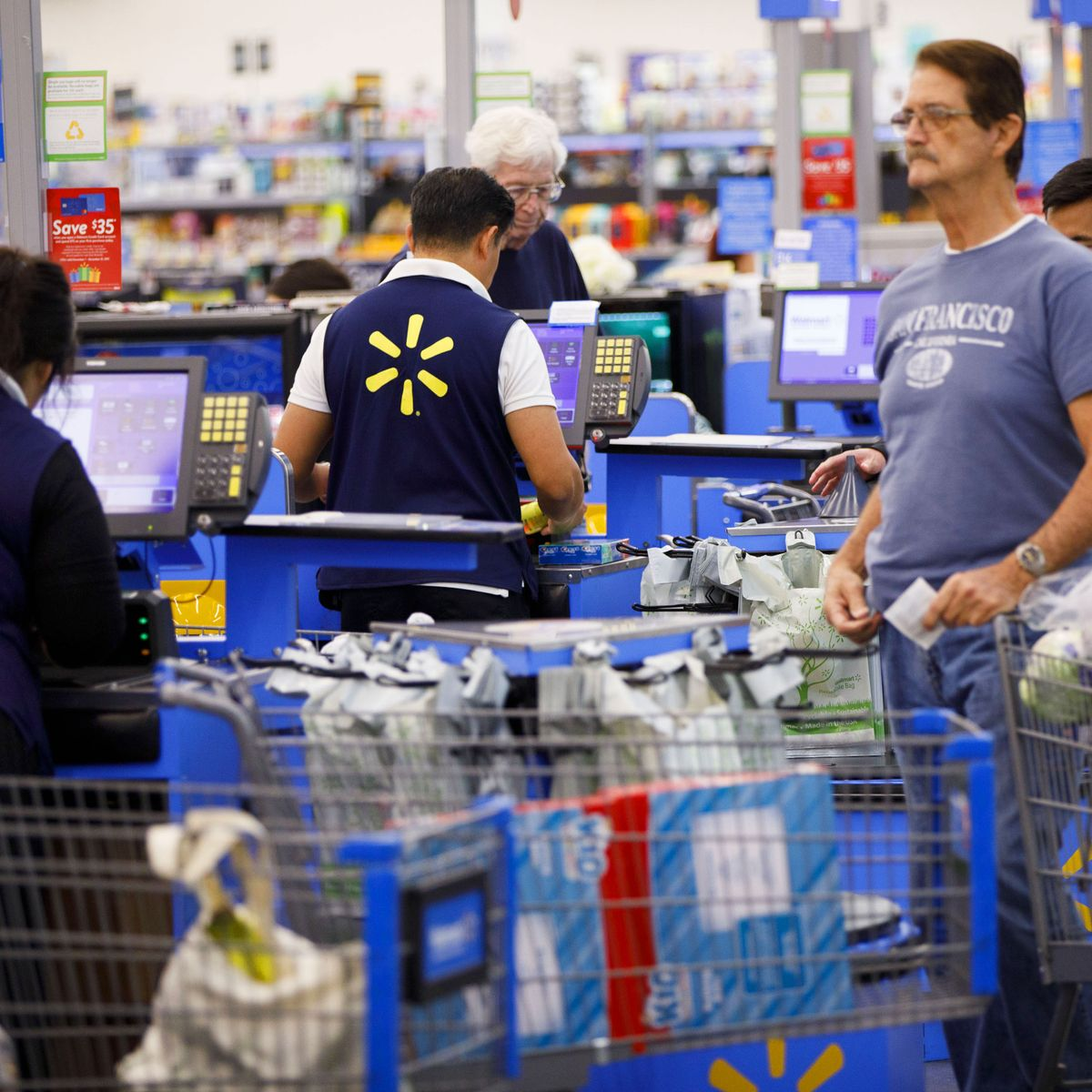Walmart Gives Worker Bonuses, Boosts Hourly Wage to $11