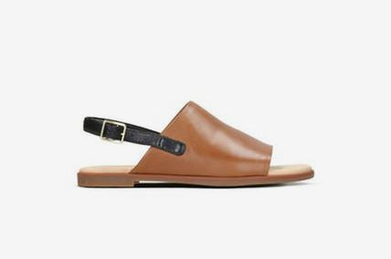 Clarks Bay Jasmine Womens Sandals in Tan Leather