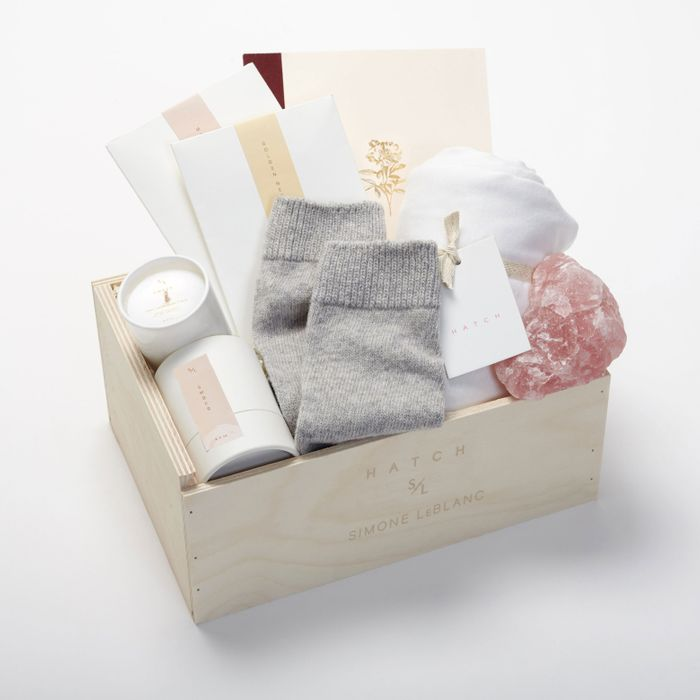 This Curated Gift Box Is Perfect for Motheru0027s Day & The Good to Glow Gift Box Is Perfect For Motheru0027s Day