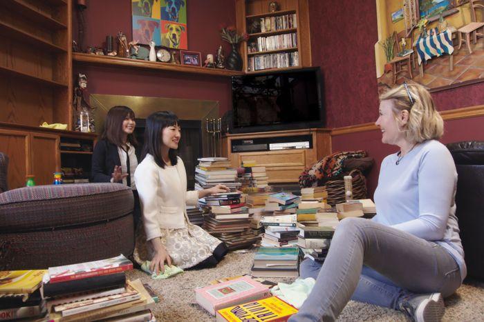 marie kondo netflix show behind the scenes. Black Bedroom Furniture Sets. Home Design Ideas