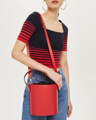The Biggest Handbag Trend for Spring 2018 6be46d40f33de