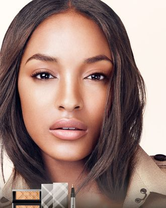 Jourdan Dunn for Burberry Cosmetics.