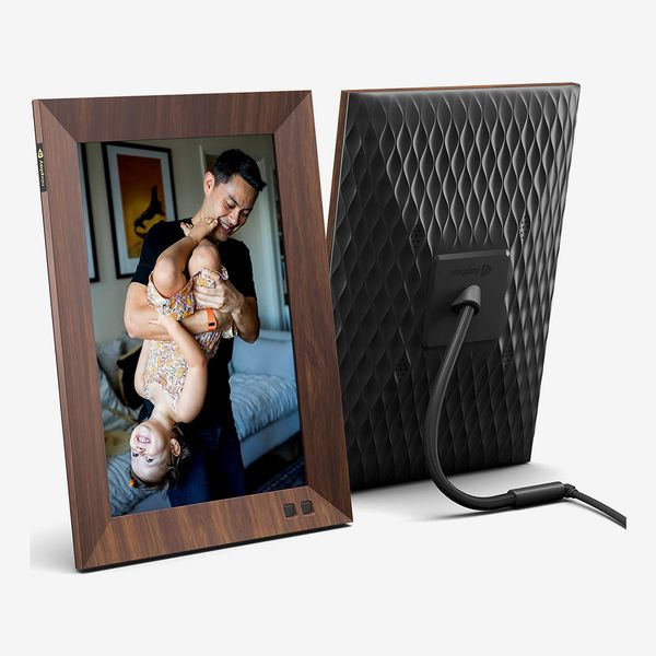 Nixplay 10.1 Inch Smart Digital Picture Wood Frame