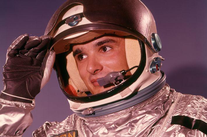 Even astronauts learn Russian! - Liden & Denz