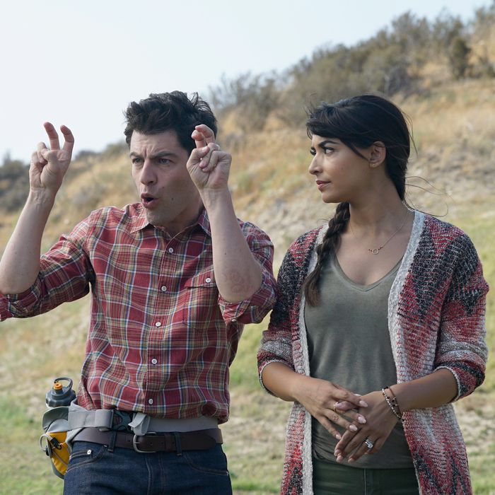 NEW GIRL: L-R: Max Greenfield and Hannah Simone in the