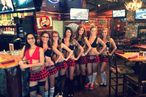 America's Fastest-Growing Restaurant Chain Is a Breastaurant Called Twin Peaks