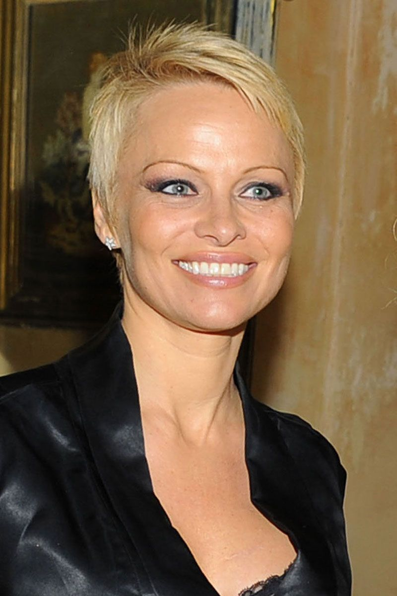 Pamela Anderson New Haircut 2013 The Gallery For Pamela
