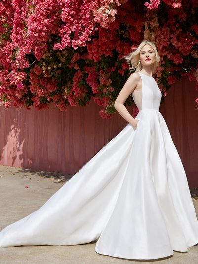 00b6c2bbaaed NYC Bridal Gown Stores - New York Weddings Guide