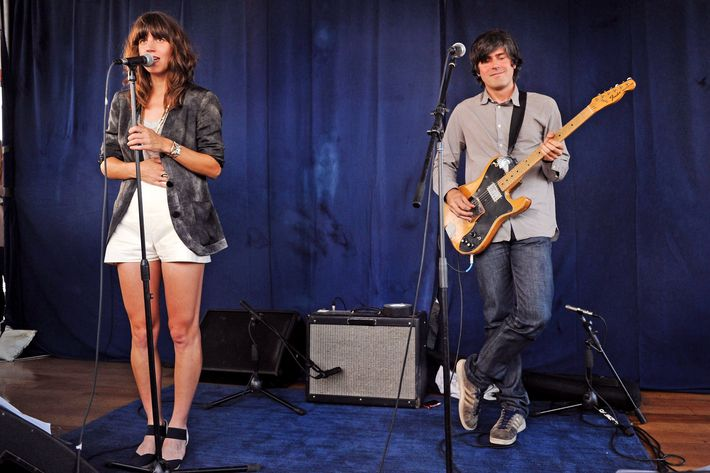 NEW YORK - JUNE 29:  Musicians Eleanor Friedberger and Matthew Friedberger perform at the Music Unites and Rolling Stone series at the Cooper Square Penthouse on June 29, 2010 in New York City.  (Photo by Bryan Bedder/Getty Images) *** Local Caption *** Eleanor Friedberger;Matthew Friedberger