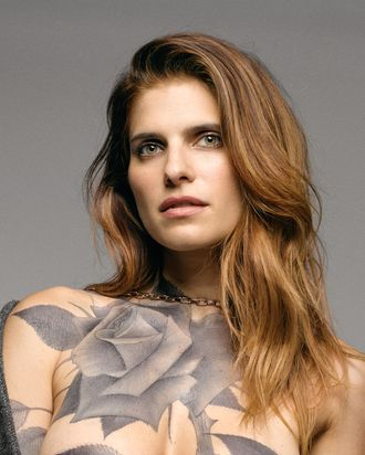 Lake Bell Nude Photos 63