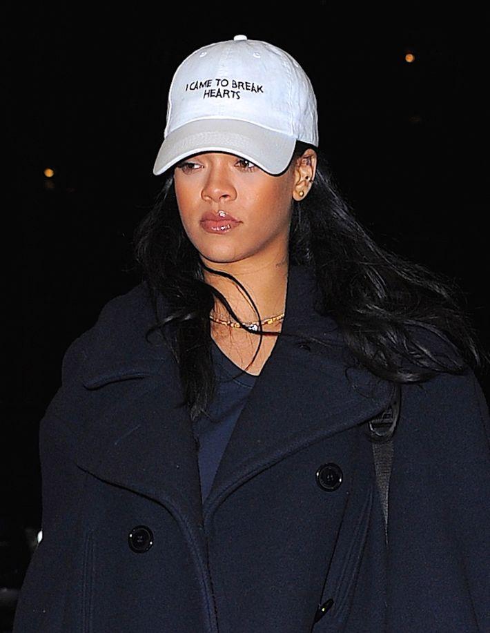 Rihanna breaking hearts in her dad hat.