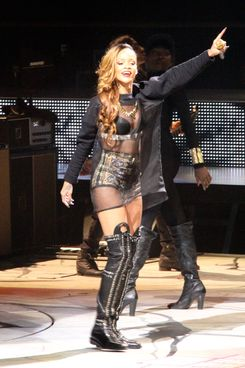 Rihanna kicks off her Diamonds World Tour live on stage performing at the First Niagara Center in Buffalo, New York. This was the first concert and start of her Diamonds World Tour. Rihanna had six costume changes during her concert.
