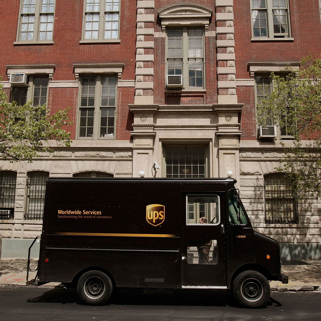 NEW YORK - APRIL 23:  A UPS delivery truck sits parked on a street in Manhattan April 23, 2009 in New York City. United Parcel Service reported first-quarter earnings dropped sharply admist the global economic downturn and a dwindling shipping demand.  (Photo by Chris Hondros/Getty Images)