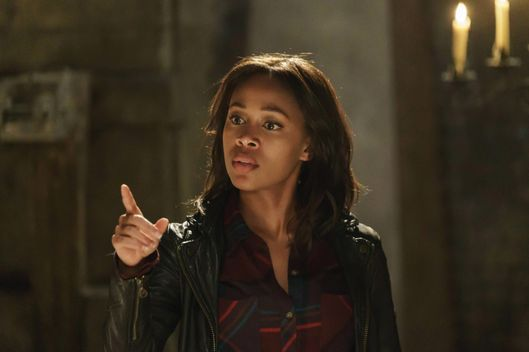"SLEEPY HOLLOW: L-R: Nicole Beharie in the ""The Art of War"" episode of SLEEPY HOLLOW airing Thursday, Nov. 12 (9:00-10 PM ET/PT) on FOX. ©2015 Fox Broadcasting Co. Cr: Tina Rowden/FOX."