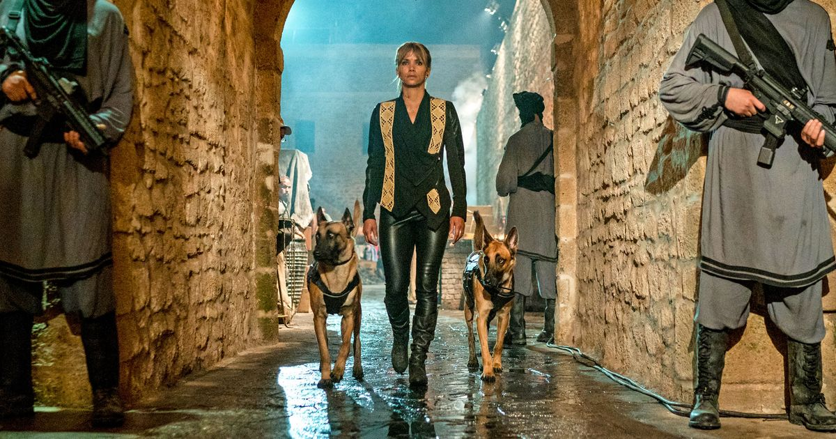 John Wick 3 Director Explains How He Invented Dog Fu