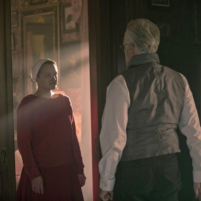 The Handmaid's Tale 'Unfit' Recap, Season 3 Episode 8