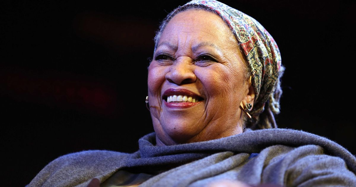 recitifa s toni morrison Recitatif definition, recitative2 see more people invent new words all the time, but which ones actually make it.