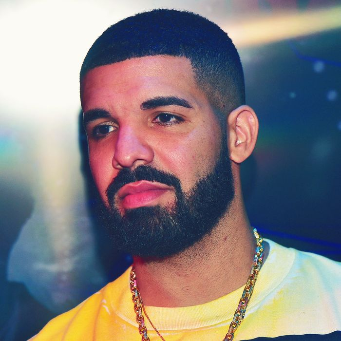 Drake's New Song Emotionless Is About Travel Instagrams