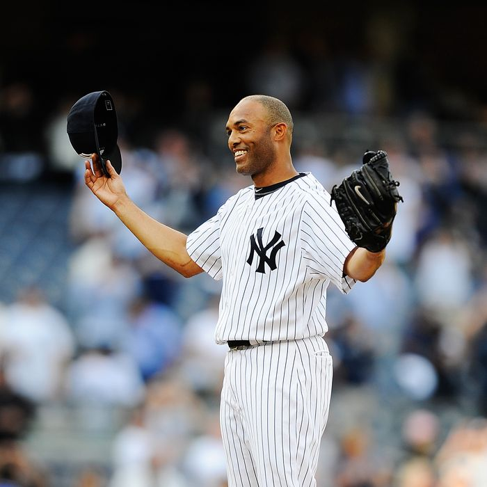 NEW YORK, NY - SEPTEMBER 19: Mariano Rivera #42 of the New York Yankees celebrates after becoming the all-time leader in saves after defeating the Minnesota Twins at Yankee Stadium on September 19, 2011 in the Bronx borough of New York City. Rivero recorded his 602 save. (Photo by Patrick McDermott/Getty Images)