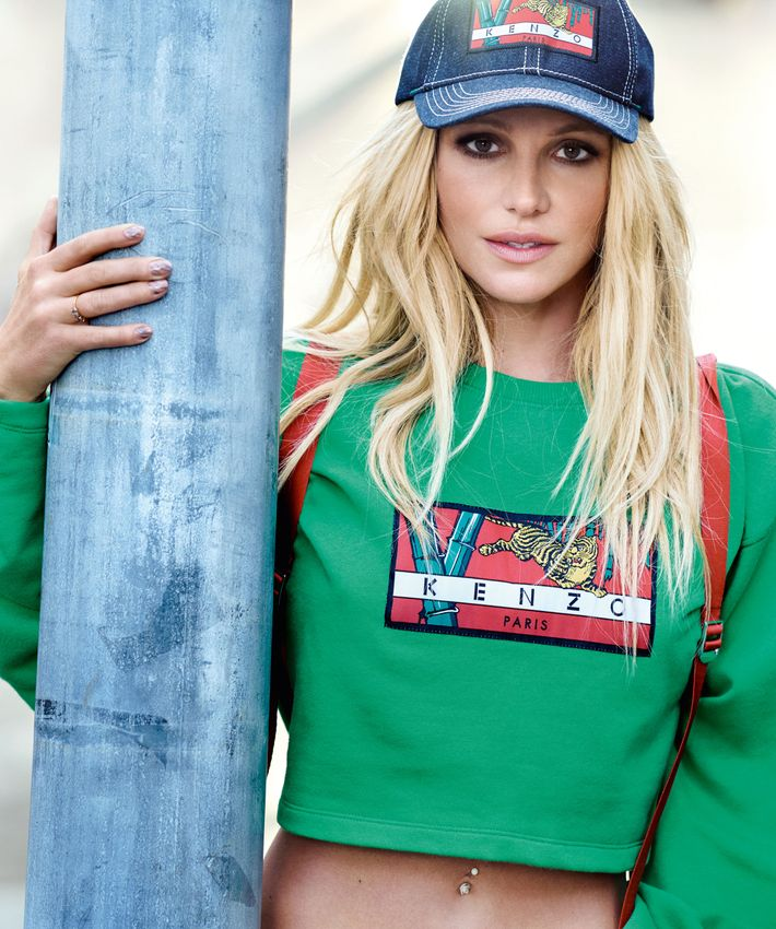 a62e73aea41 Britney Spears Stars in Kenzo s New Memento Campaign