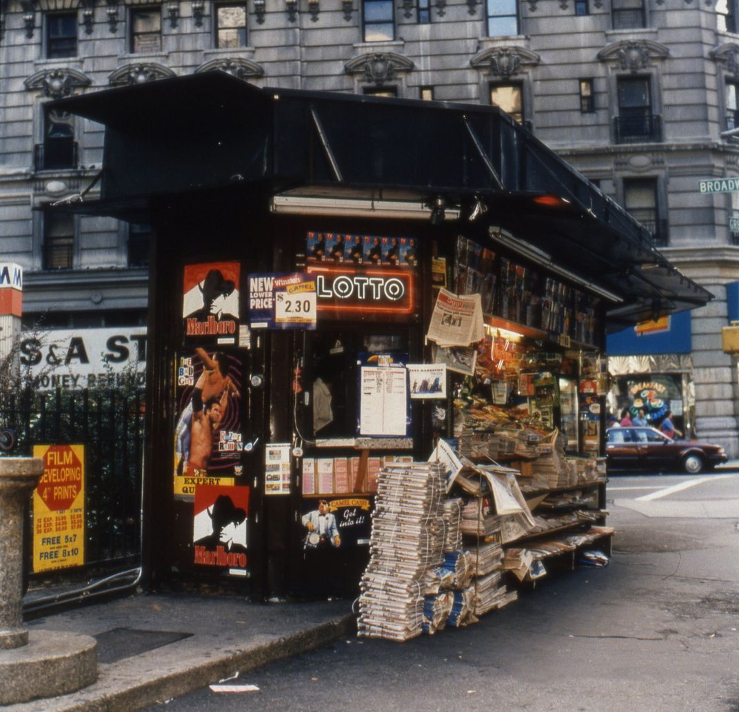 These Photos Of '90s Newsstands Will Take You Back To A
