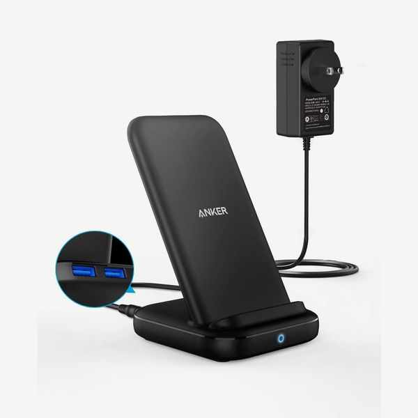 Anker 3-in-1 Multi-Device Charging PowerWave 10 Stand