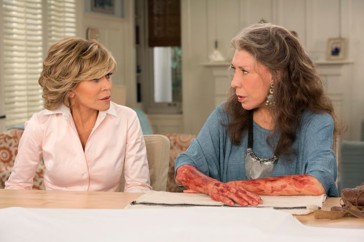 Jane Fonda as Grace, Lily Tomlin as Frankie.