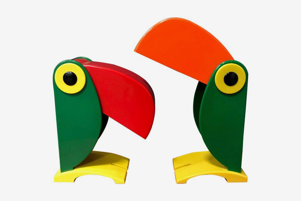 Toucan Table Lamp for OTF