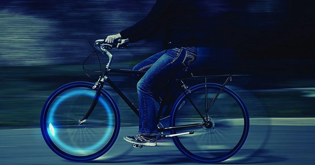 The Best Bike Lights, According to Hyperenthusiastic Reviewers