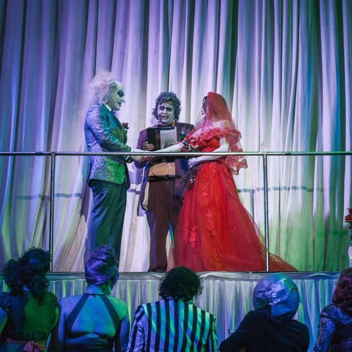 meet the couple who were married by beetlejuice