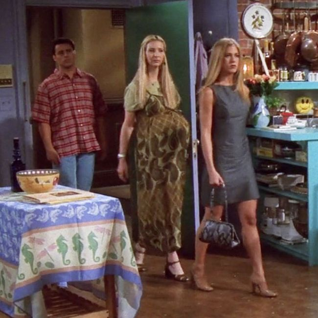 50 of the best outfits from all 10 seasons of friends