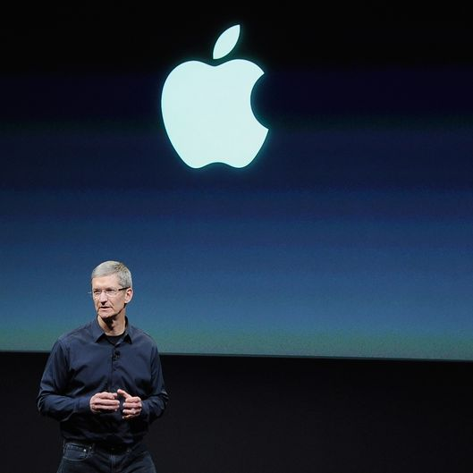 CUPERTINO, CA - OCTOBER 04:  Apple CEO Tim Cook speaks at the event introducing the new  iPhone at the company?s headquarters October 4, 2011 in Cupertino, California.    The announcement marks the first time Cook introduces a new product since Apple co-founder Steve Jobs resigned in August.  October 4, 2011 in Cupertino, California.  (Photo by Kevork Djansezian/Getty Images)