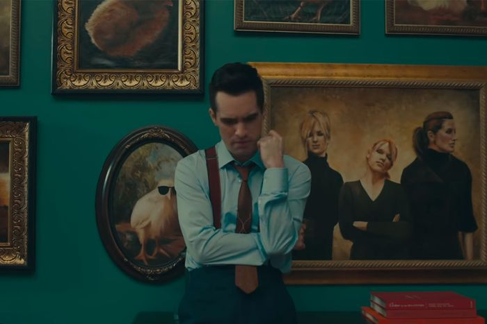 Brandon Urie in front of the Dixie Chicks.
