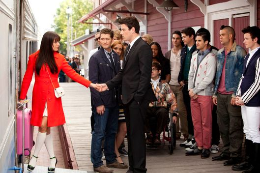 "GLEE: Rachel (Lea Michele, L) says goodbye to Finn (Cory Monteith, third from L) and the rest of the glee club as she heads to New York in the ""Goodbye"" season finale episode of GLEE airing Tuesday, May 22 (9:00- 10:00 PM ET/PT) on FOX. Also pictured L-R: Heather Morris, Matthew Morrison, Jayma Mays, Chord Overstreet, Dianna Agron, Amber Riley, Kevin McHale, Samuel Larsen, Damian McGuinty, Harry Shum Jr., Darren Criss, Mark Salling and Chris Colfer.  ?2012 Fox Broadcasting Co. CR: Adam Rose/FOX"