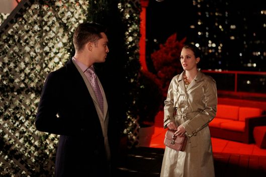 """The Return of the Ring"" GOSSIP GIRL Picture (L-R) Ed Westwick as Chuck Bass and Leighton Meester as Blair Waldorf"