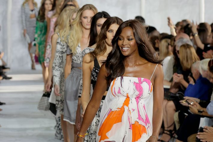 Naomi Campbell walking in a DVF show.