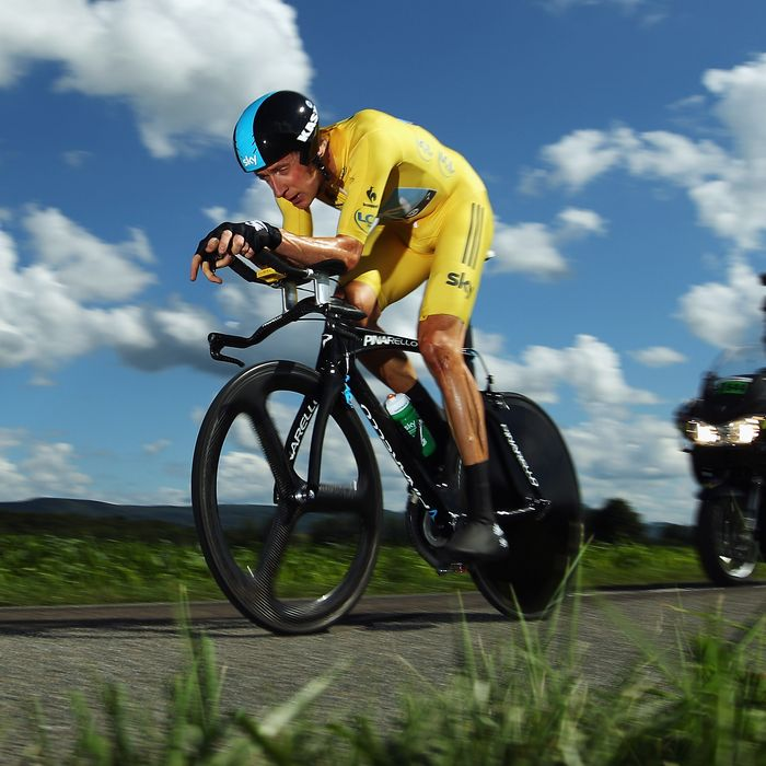 Bradley Wiggins of Great Britain and SKY Procycling in action on his way to winning stage nine of the 2012 Tour de France, a 41.5km individual time trial, from Arc-et-Senans to Besancon on July 9, 2012 in Besancon, France.