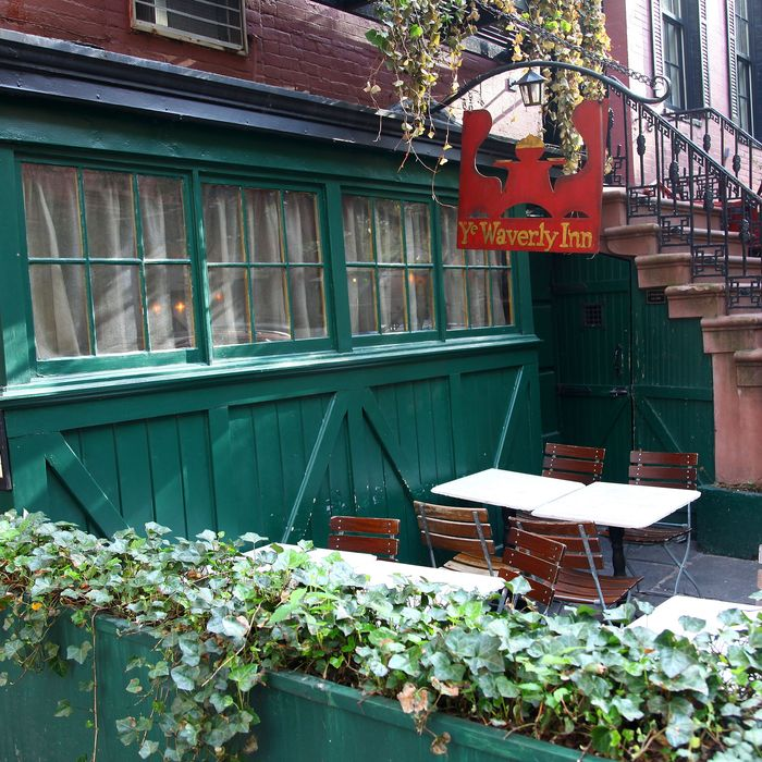 The inn, outside.