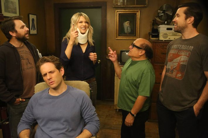 "IT'S ALWAYS SUNNY IN PHILADELPHIA -- ""Old Lady House: A Situation Comedy"" – Season 12, Episode 3 (Airs January 18, 10:00 pm e/p) Pictured: (l-r) Charlie Day as Charlie, Glenn Howerton as Dennis, Kaitlin Olson as Dee,    Danny DeVito as Frank, Rob McElhenney as Mac. CR: Patrick McElhenney/FXX"