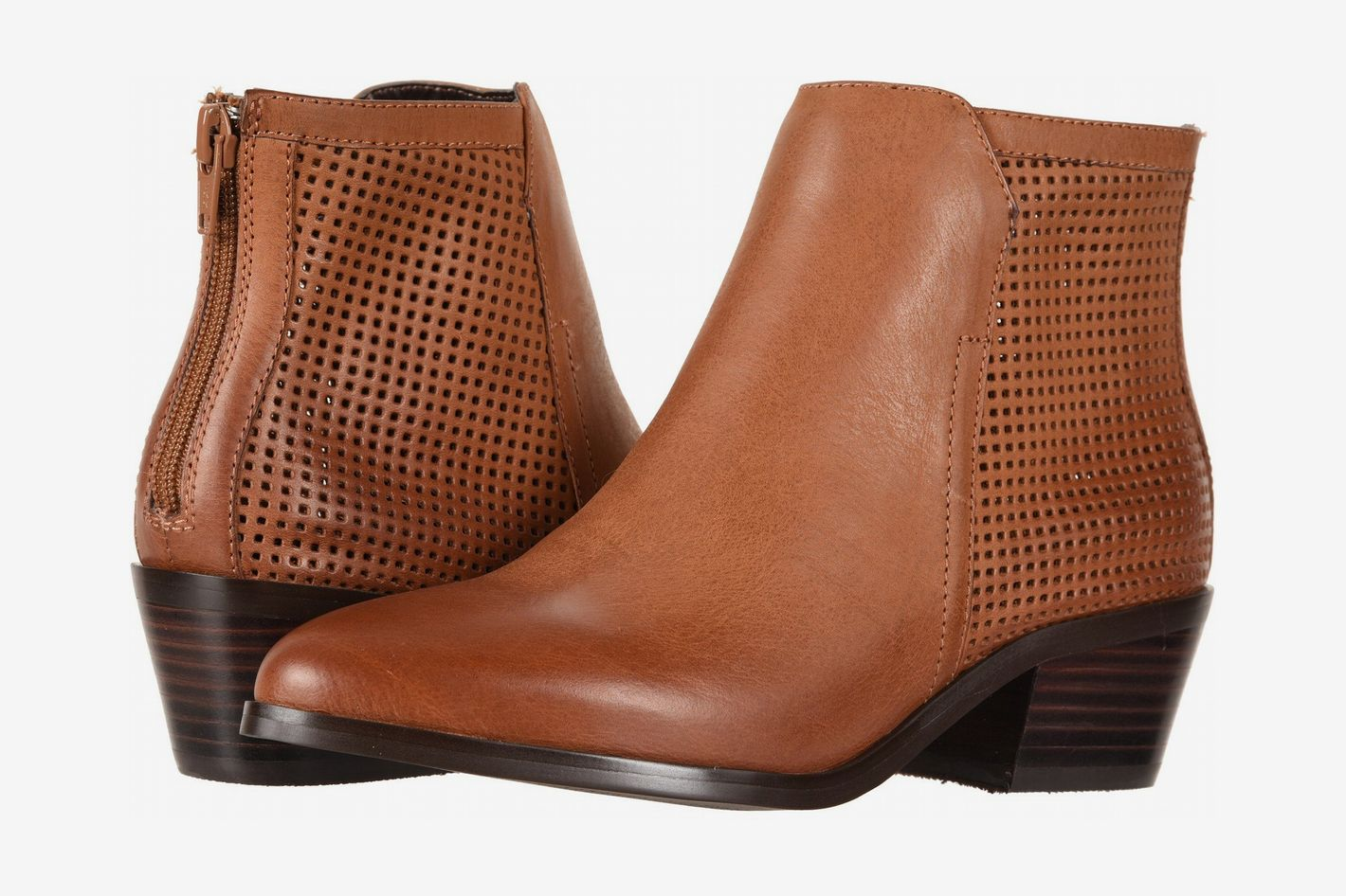 25ce2215f6 11 Best Women's Boots and Chelsea Boots for Wide Feet 2018