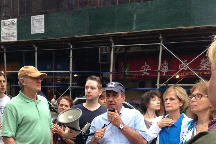 He rocked a Russ & Daughter's baseball hat.