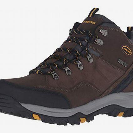 Skechers Men's Relment Pelmo Chukka Waterproof Men's Winter Boots
