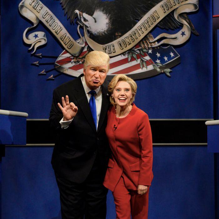 Alec Baldwin as Donald Trump, Kate McKinnon as Hillary Clinton.