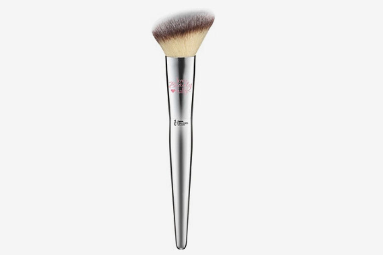 Love Beauty Fully Flawless Blush Brush #227